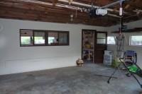 garage (with shop)