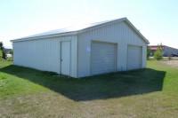 detached 31' x 33' heated garage
